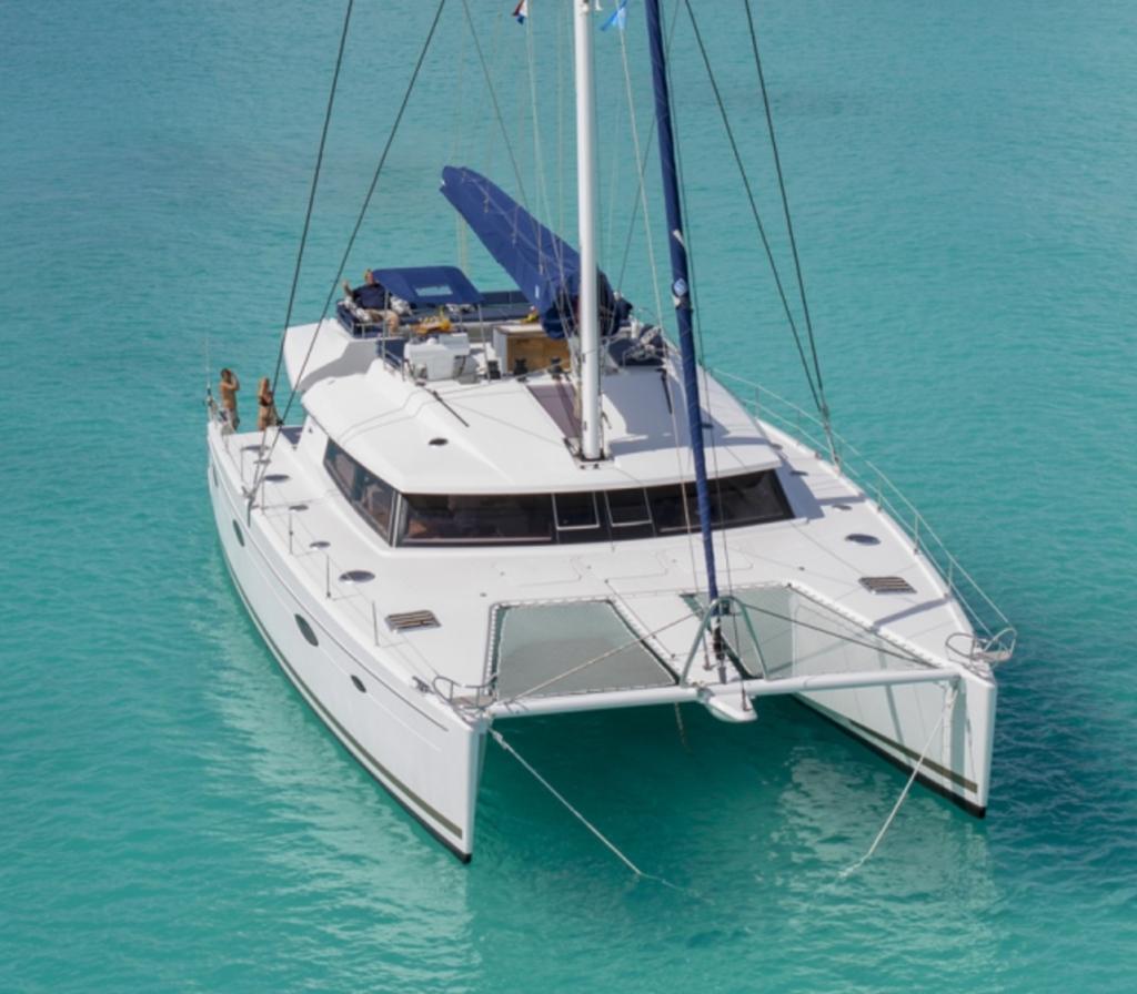 Este es tu Katamaran para navegar en Croacia